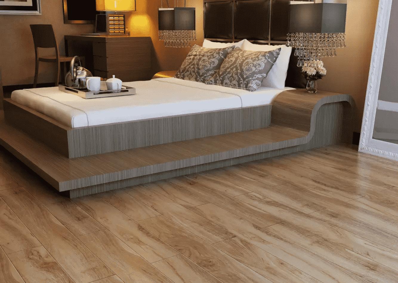最环保的实木地板并不适合做地暖地板使用,而复合木地板或多或少都含有一定含量的甲醛,地暖的加热会加速甲醛的释放,这也是许多消费者担心的问题。消费者选择地暖地板时,一定要尽可能选择甲醛含量低的地板。瓷砖具有天然放射性,这是许多消费者关注的问题。专家介绍,瓷砖是在1200的恒温中烧制的,对于地暖来说并不会因为加热而使瓷砖的放射性加大,符合国家标准的瓷砖,其放射性不会对消费者造成危害。